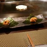朱藏 - 雲丹と一口おこげご飯の手巻き 840円