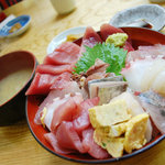 魚河岸 - 【ランチ】海鮮丼¥1050