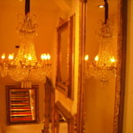アートレストラン キリストン バー - もちろん階段にも