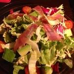 Heart Dinin'Bar &K - 野菜もりもりサラダ(^_^)