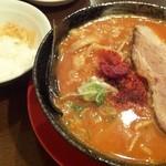 赤おに - 赤鬼そば&半ライス(麺大盛orライスサービス)