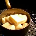 大阪ホルモン - にんにくオイル焼