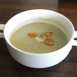 メディーナ - ほうれん草のクリームスープ