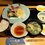 和食処 九助 - 料理写真:ぶりカマ定食