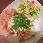 横濱茶房 つくしんぼ - エビピリ辛丼