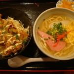 ナンクルナイサ きばいやんせー - ミニ沖縄そばとミニ生姜焼き丼