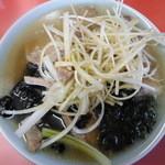 17623109 - 正油ネギチャーシュー麺 ¥850- 肉盛、麺盛 たっぷり満足~。。。うっぷ。。。