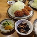 銀座 井泉 - ひとくちヒレかつ(3枚)定食(1,050円)