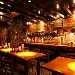 居酒屋 喰べ物や 花子っ子 - オープンキッチン