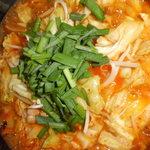 韓国家庭料理 アンニョン - 『キムチもつ鍋』