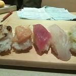 トキワ寿司はなれ - 赤貝、穴子他