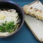 17640342 - ぶっかけうどん(冷)310円+竹輪の天ぷら100円