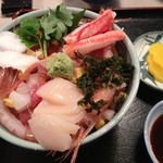 ゆたか - 料理写真:海鮮丼1000円
