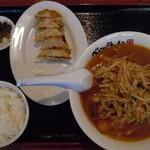 ベトコンラーメンニ吉 - Bランチ880円(*^▽^*)♪