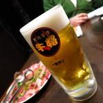 焼肉革命 牛将 - 生ビール(中)490円