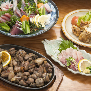 今では郷土料理や鮮魚も人気メニューです