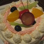 1765369 - お祝いのケーキ
