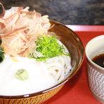 製麺練場 風布うどん - 山かけぶっかけ(季節限定)600円〜