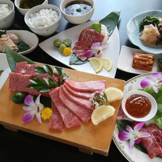 石垣牛・アグー豚など県産ブランド肉が充実のコース!