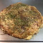 17653112 - お好み焼の肉玉そばです。