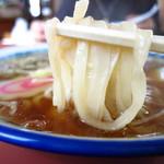 日清亭 - まるで「きしめん」を彷彿させる麺!