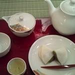 茶房アドニス福寿草  - 玉露!