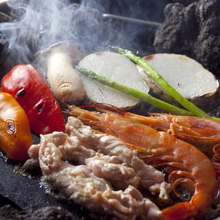 阿蘇山の溶岩を使った石焼き料理