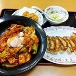 餃子の王将 - 料理写真:ブッキム丼セット