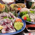 浜商 - 大分の旬の鮮魚を楽しむ『筑後季節のお刺身御膳』 豊後水道をの旬の海の幸である「関サバ」「関アジ」、地元のかれいなどを楽しめます。※3日前まで要予約