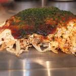 広島風お好み焼 ピックアップ - お好み焼き作成中 5 完成 【 2013年3月 】