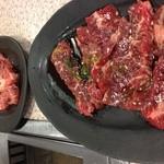 17667629 - 肉たち