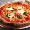 Duck Dive - 料理写真:ピザは500度以上の石窯で小麦を一気に焼き上げる自慢のピザです。