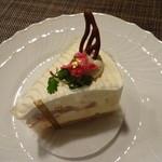 17669018 - 桜のレアチーズ