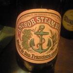 コーヒーエン - アンカースチーム:ベルギービール。後味に独特の苦味があり、飲みごたえがいい