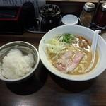 あざす - 鶏ガラらぁめん大盛り白ご飯付き800円