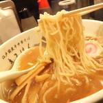 江戸前煮干中華そば きみはん 五反田店 - 中細ストレート麺