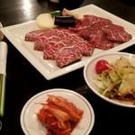 三芳苑 - 上カルビ・上ロース焼肉セット