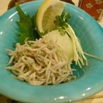 菜々海 - 今が旬の新子です。ポン酢でいいただきました。