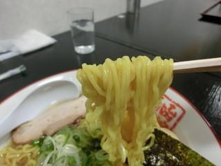 函館麺や 一文字 函館本店 - 腰のある麺