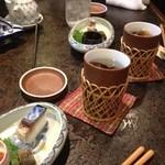 17686280 - ヒレ酒 突き出しに鯖のお寿司が出ました。