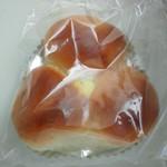 17687968 - 三色パン 170円