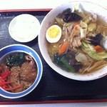 河鹿 - 料理写真:豚丼(ミニ)たんめんセット