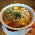 維新 - ワンタン麺大盛