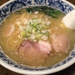中華そば活力屋 - 海老塩味玉そば(750円)
