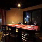 スパイラル - 裏路地に佇む隠れ家レストラン