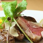 ヴォーノミイナ加藤 - 人気メニューの仔羊料理、ウドの季節は立川ウドのソースで。