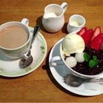 アルス - コーヒー&特製苺あんみつ