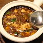17706814 - 麻婆豆腐(名物・マーボードウフ土鍋煮込み)