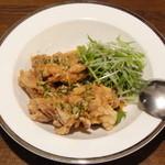 17706815 - 油淋鶏腿(鶏の唐揚げ 薬味ソースがけ)
