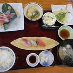 活魚料理一徳 - 日替わりサービス定食(892円)